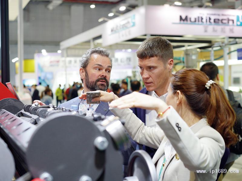 """""""CHINAPLAS-2019-国际橡塑展""""预计将吸引来自全球150个国家的18万专业观众。-(2)"""