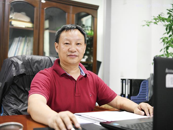深圳市华成工业控制有限公司总经理汤勇