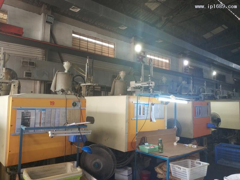 中山市忠厚模具塑料制品厂 (2)机器