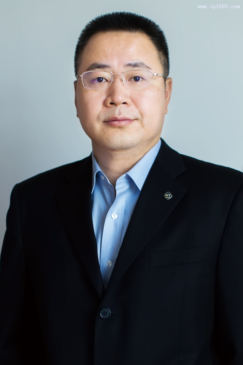 海天塑机集团高速机事业部总经理孙浩杰