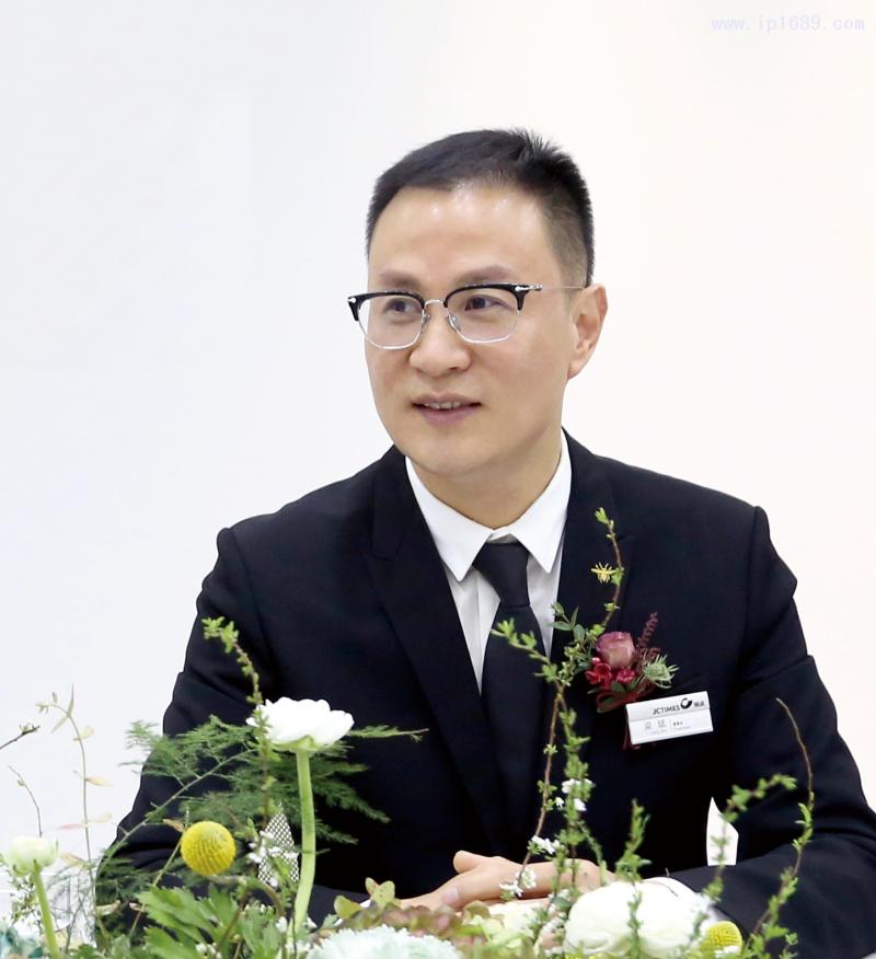 精诚时代集团董事长梁斌