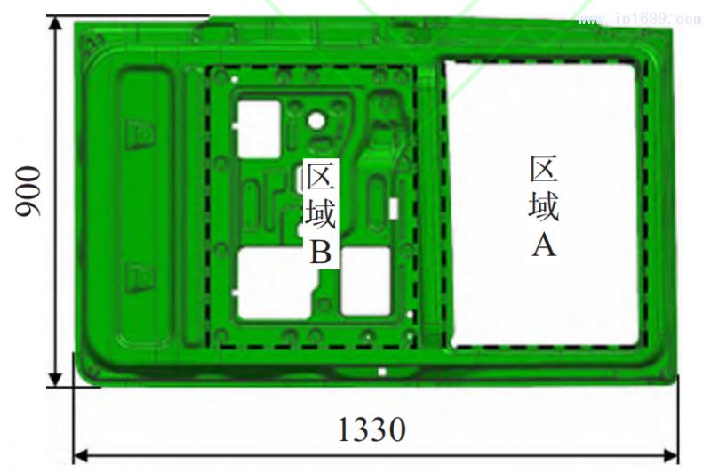 图 1 某汽车车门内板三维模型(mm)