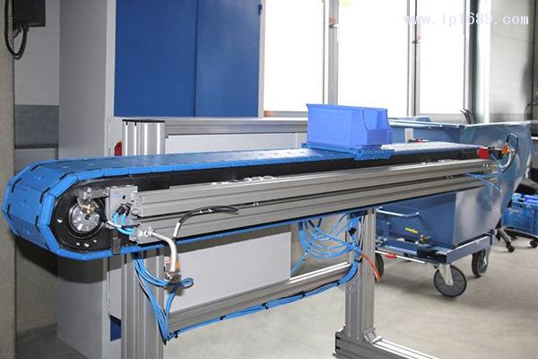 ErgoTek的Flexi输送机(测试设备)由Happ制造的塑料部件构成