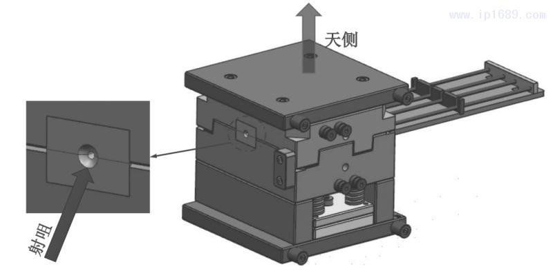 图11 立式注塑结构