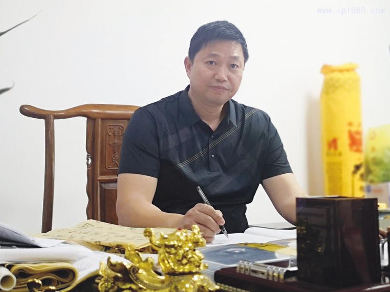 东莞市航城建材有限公司经理王智勇