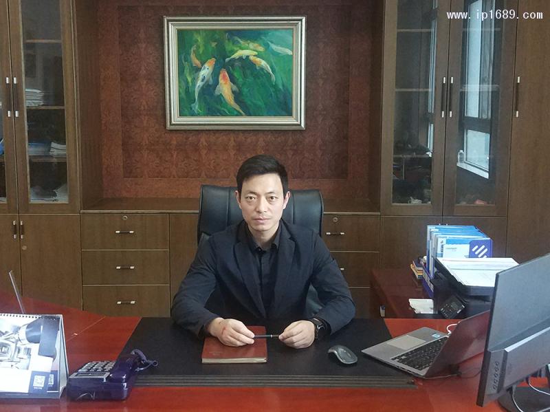 丰铁塑机苏州公司副总经理孙峰林